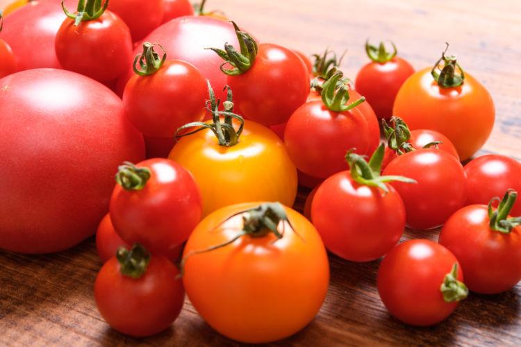 トマトジュースには次のような2種類があります。