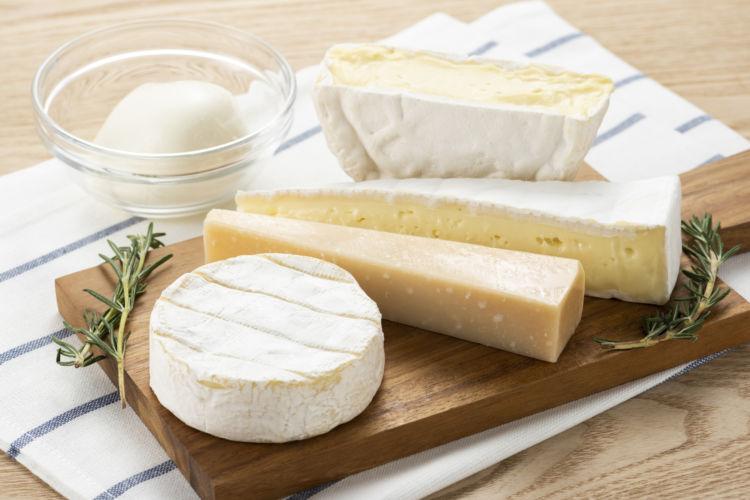 チーズに埋め込む