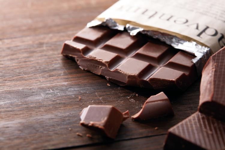 誤飲の応急処置・対処法③【誤飲したチョコレートの量や銘柄を伝える】