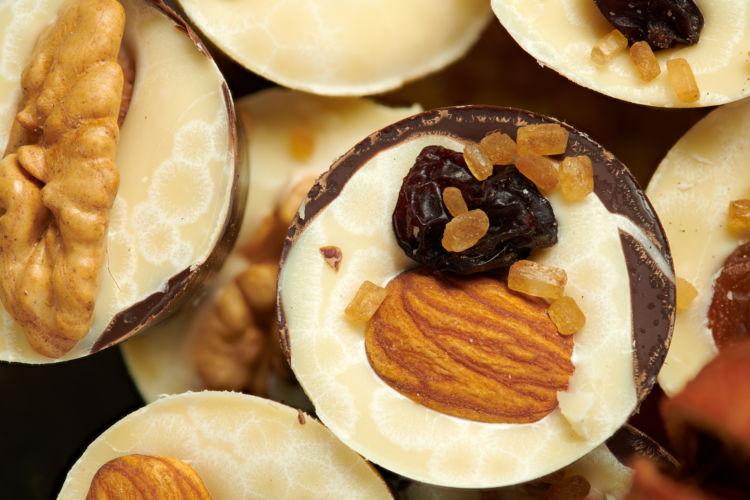 チョコレート ホワイト フルーツ入り テオブロミン