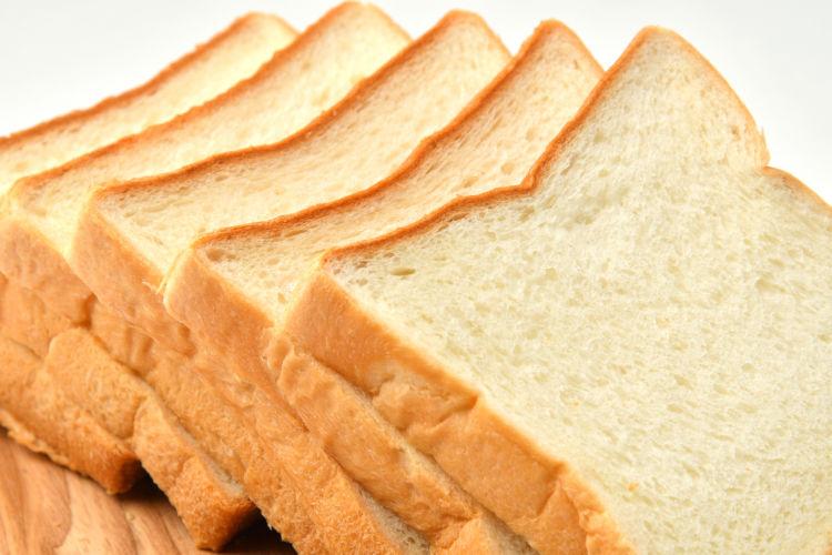 犬に「食パン」を与える際の適量は?