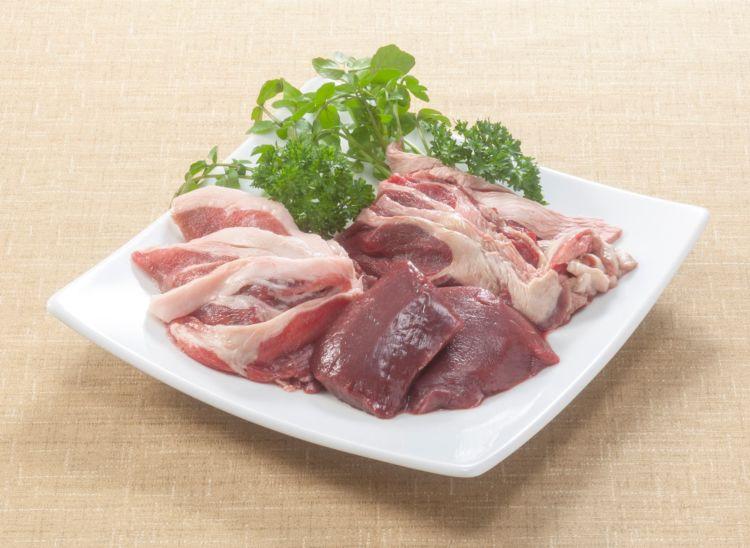 野生動物肉を調理することでの感染も報告されています。