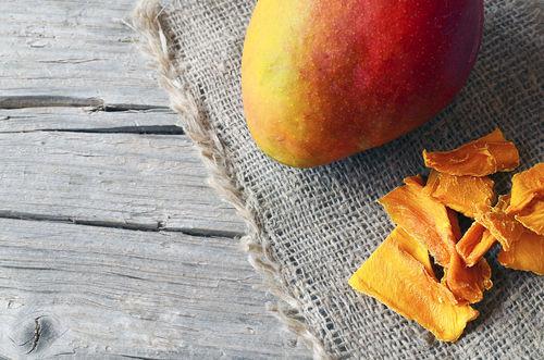 「生マンゴー」と「ドライマンゴー」の違いは?