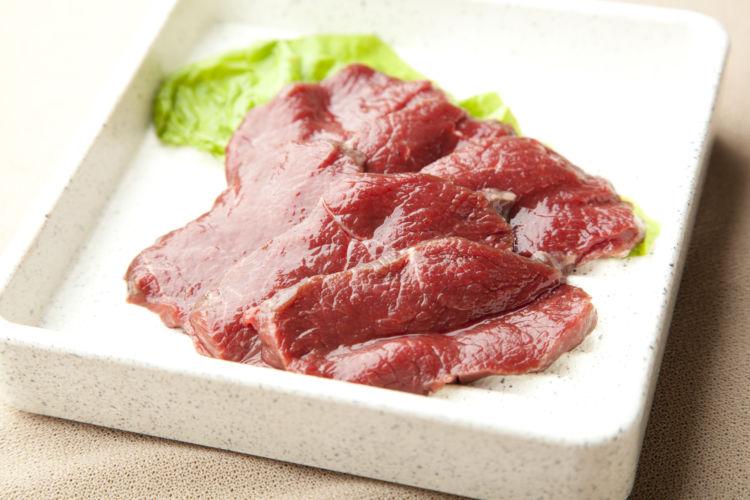 犬に食べさせてはダメな生肉の種類③【鹿肉】